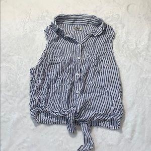 Garage short sleeve buttoned tie up shirt